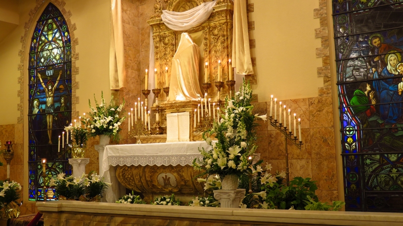 Retreat Chapel - Altar of Repose on Holy Thursday